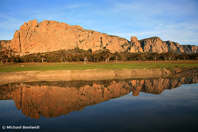 Mt Arapiles, the Rock Climbing icon of Australia. Winter reflections, early morning