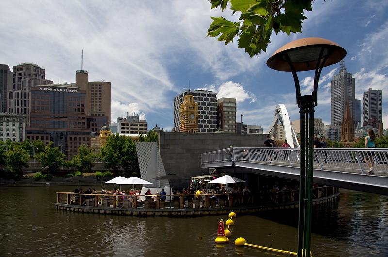 Melbourne-Southgate-Yarra River walk 02