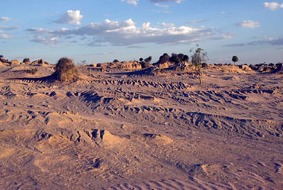 Walls of China 6 - Mungo National Park, New South Wales, Australia.jpg