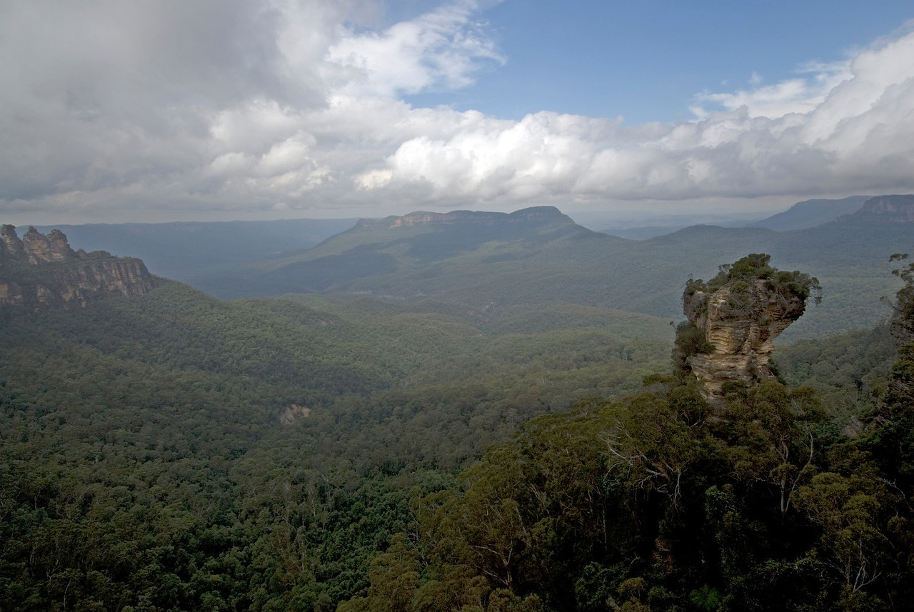 Needle Rock, Blue Mountains National Park - NSW, Australia