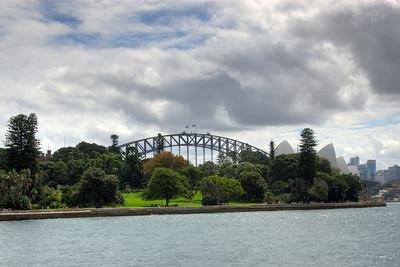 Bridge and Oprea House from Botaincal Garden 1 HDR