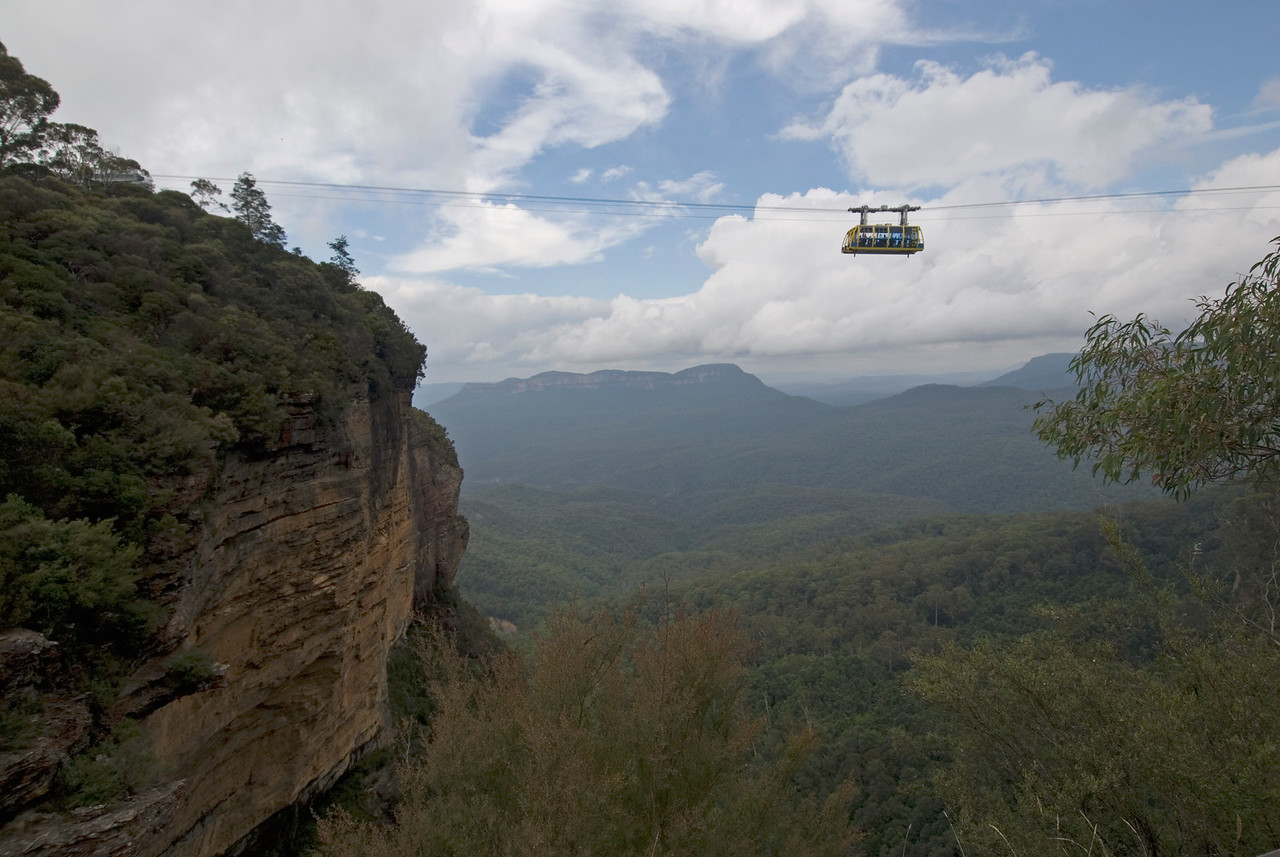 Cable Car Over Gorge, Blue Mountain National Park - NSW, Australia