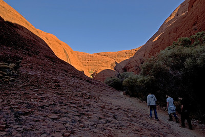 Hiking in Kata Tjuta 2 - Northern Territory, Australia