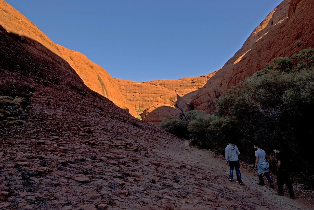 Hiking in Kata Tjuta 2 - Northern Territory, Australia