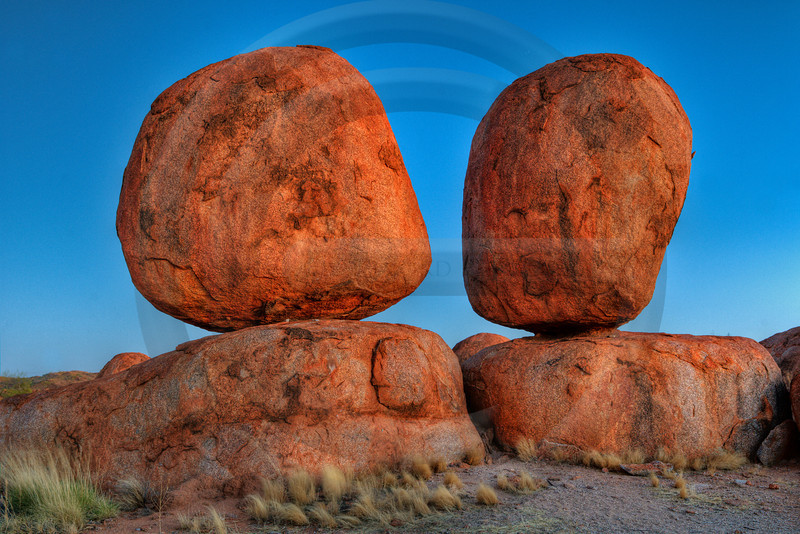 AUOU03 Devils Marbles at Dawn