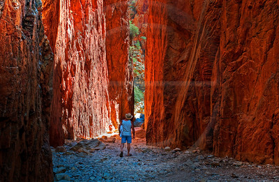 AUOU38 The Bloke at Standly Chasm 2