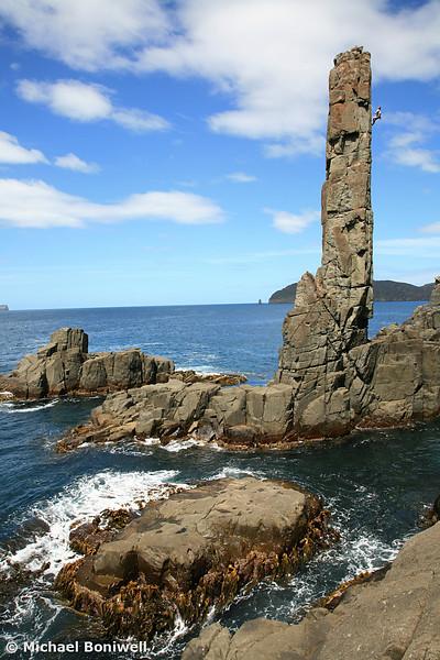Owen Gervasoni leading Burning Spear (22), The Moai, Fortescue Bay, Tasman Peninsula, Tasmania, Australia