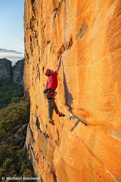 Will Monks Tags The Dyno, Mirage (27), Taipan Wall, Grampians, Victoria, Australia