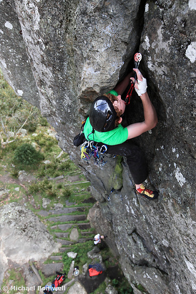 John Morris leading Witch (17), at Camel's Hump, Victoria, Australia