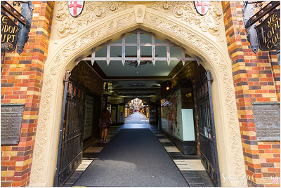 Entering the shopping arcade - The London Court