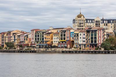 Porto Bellago Village