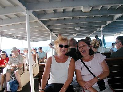 12  Ferry Hervey Bay to Fraser Island