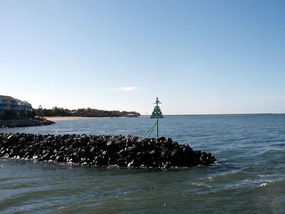 8  Ferry Hervey Bay to Fraser Island