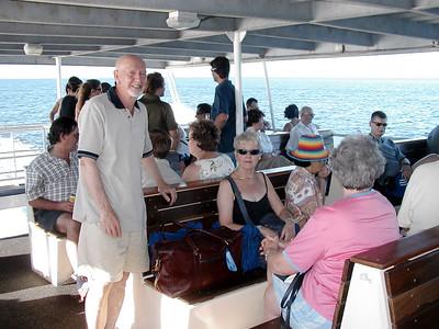 14  Ferry Hervey Bay to Fraser Island