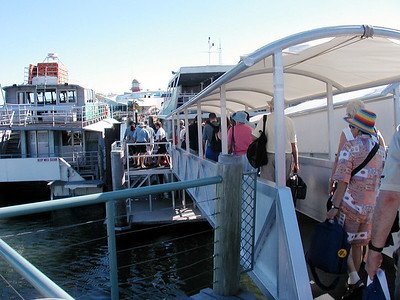 3  Ferry Hervey Bay to Fraser Island