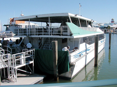 1  Ferry Hervey Bay to Fraser Island