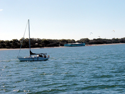 10  Ferry Hervey Bay to Fraser Island