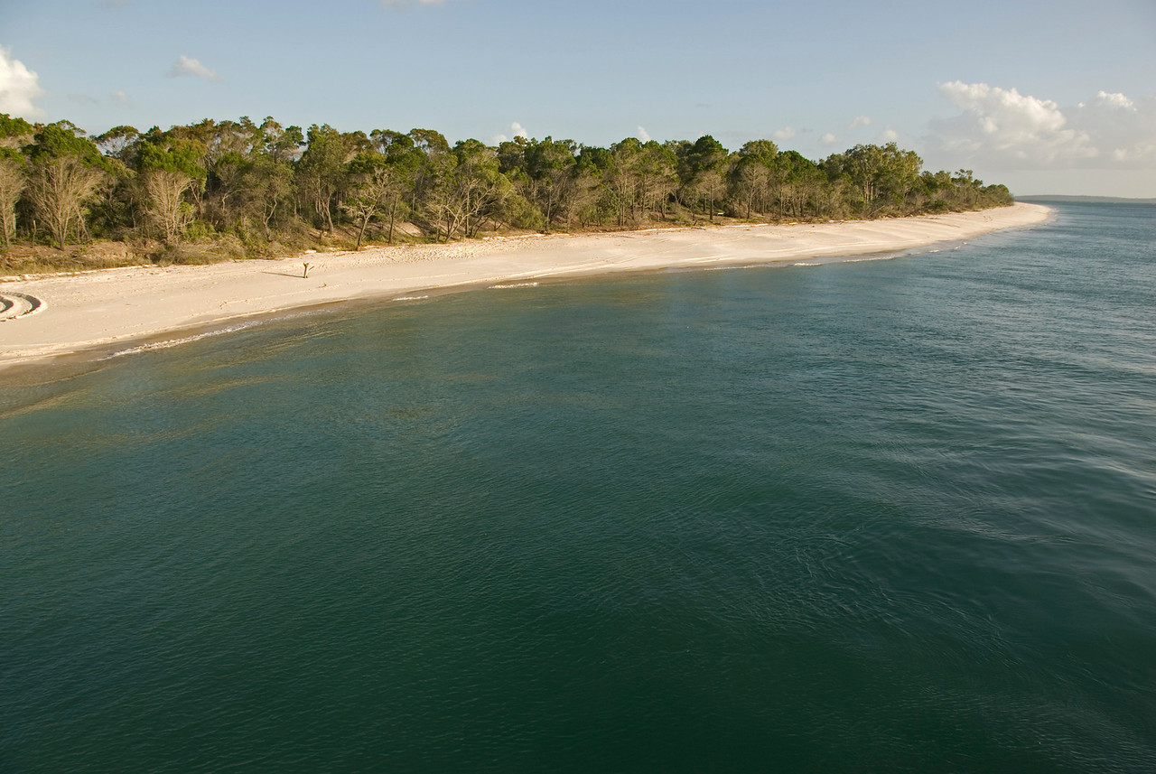 Beach 8, Fraser Island - Queensland, Australia.jpg