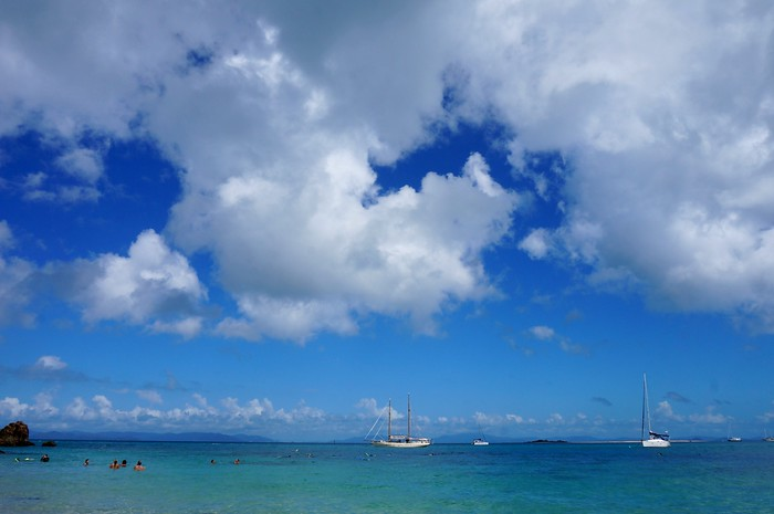 Blue skies over the Whitsunday Islands.