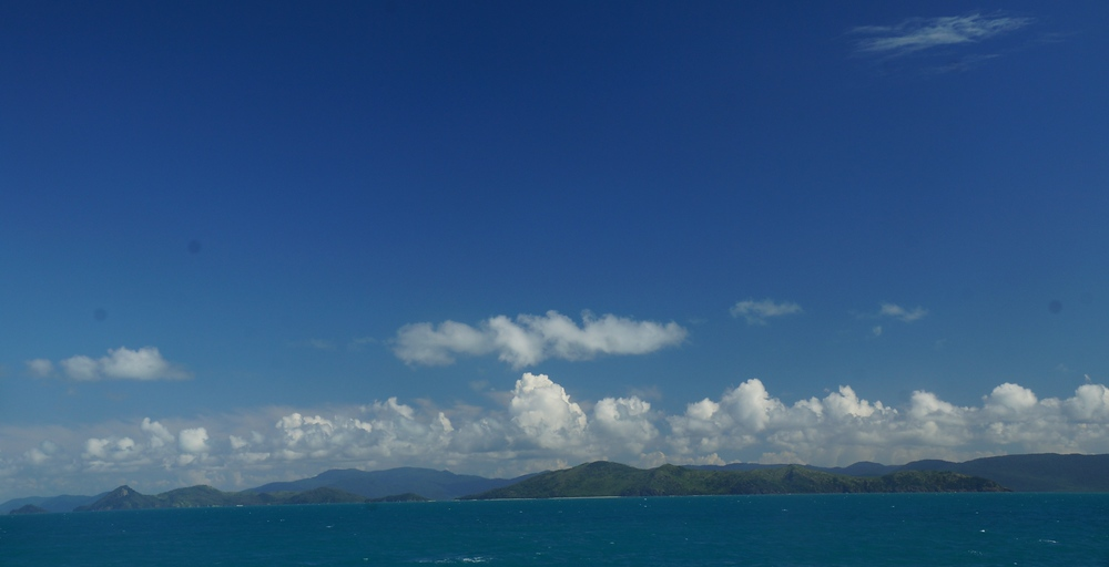 One last shot as we reluctantly made our way back to Airlie Beach.