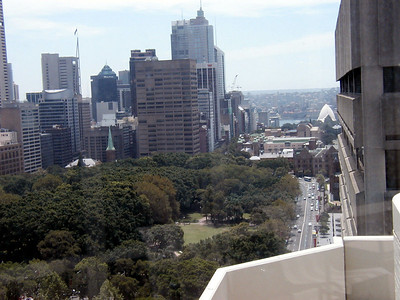 View of Opera House from Sydney Marriott