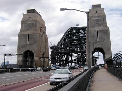 04   Sydney Bridge WALK