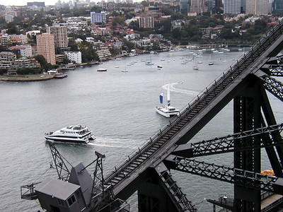 14   Sydney Bridge WALK