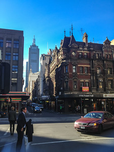 A typical Melbourne CBD corner not far from Collins St. It's icy cold, but the sun is beautiful