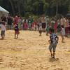 Backwards running at Ying Elang Aboriginal Festival<br /> <br /> Hátrafeléfutás a Ying Elang fesztiválon