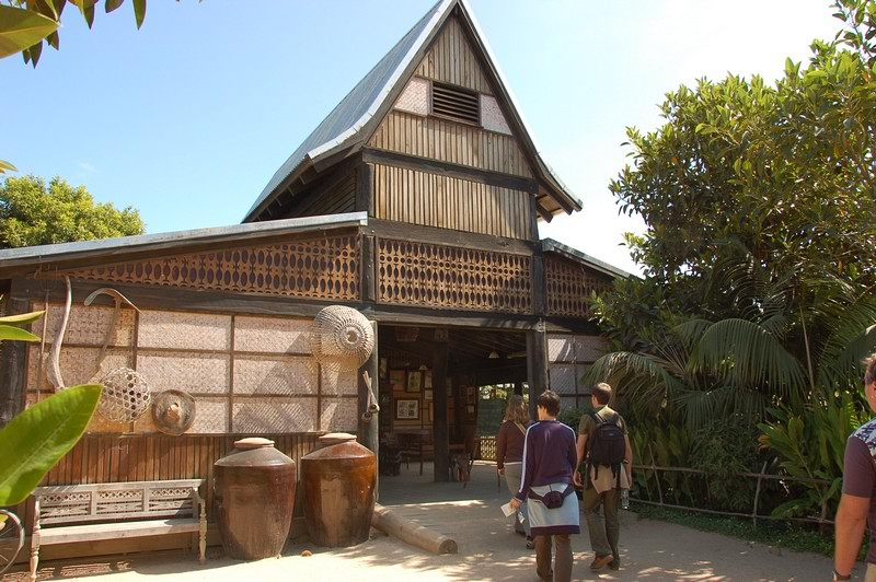 House of elephants<br /> <br /> Elefánt ház