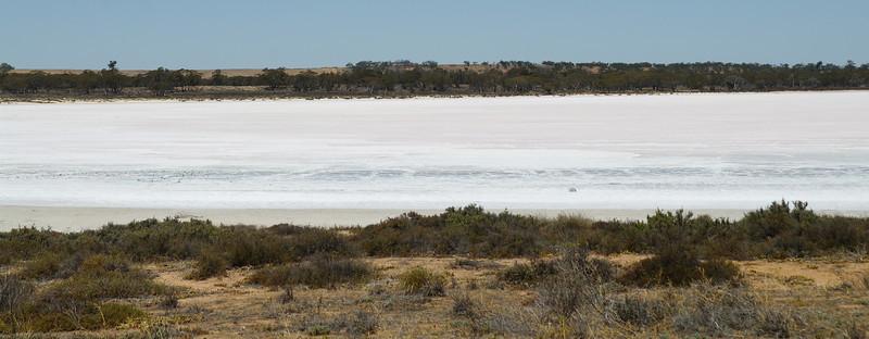 Pink Lakes, salt lakes - Murray Sunset NP<br /> <br /> Rózsaszín tavak, sóstavak - Murray Sunset NP