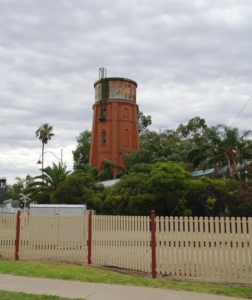 Water tower at Swan Hill<br /> <br /> Víztorony Swan Hillnél