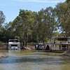 Houseboats on the Murray<br /> <br /> Lakóhajók a Murray-n