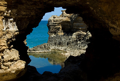 Rock Portal on the Great Ocean Road - Victoria, Australia