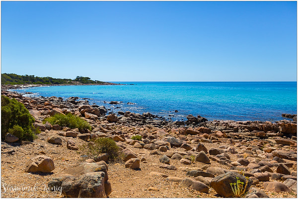 Eagle Bay - a rocky beach with beautiful shades of blue @Naturaliste