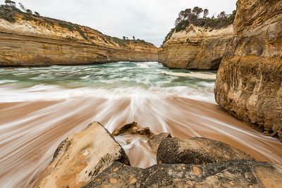 Waves, Loch Ard Gorge, Great Ocean Road, Australia