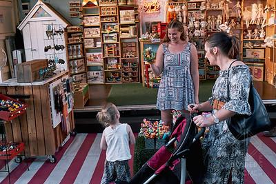 Australia, Melbourne, Night Market, Queen Victoria Market, Street Market, girl, puppet, toys