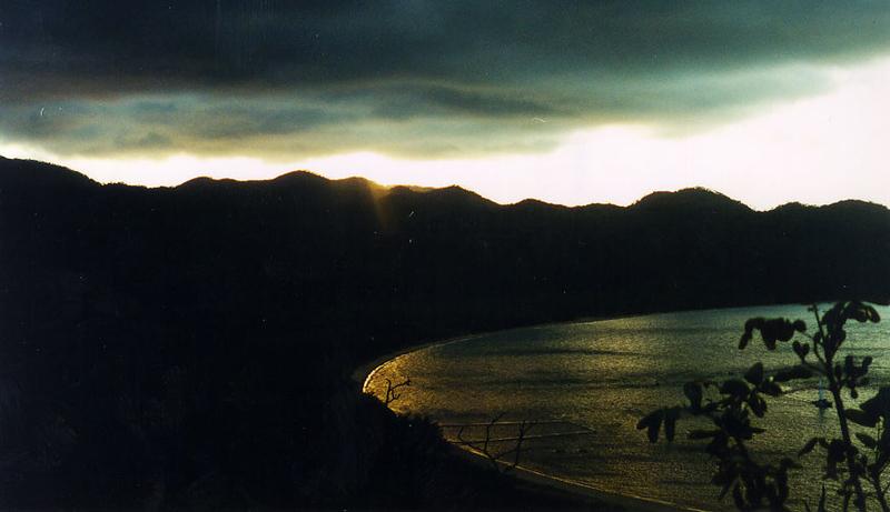 2000_Magnetic_HorseshoeBay