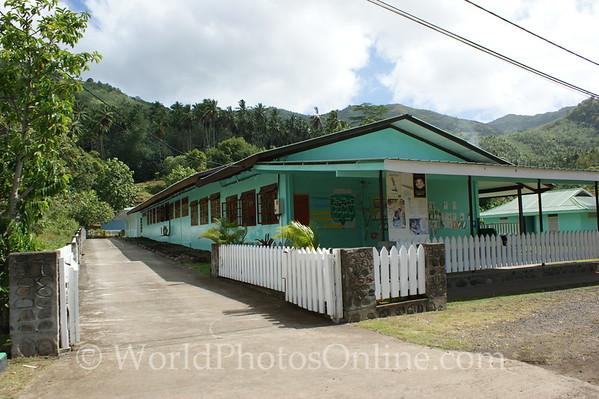 Marquesas - Nuku Hiva - Taipivai - School