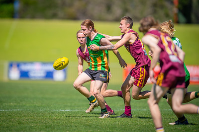 Preliminary_Final_Northern_Conference_18s_Red_Scarborough_Green_vs_Quinns_Bulls_08 09 2019-22