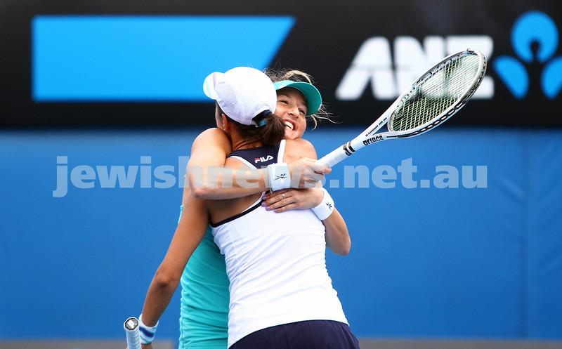 19-1-14. Australian Open Womens doubles. Round 4. Shahar Peer (ISR)/Silvia Soler-Espinosa (ESP) def Lucie Hradecka (CZE)/Michaella Krajicek (NED) 4-6 7-6 6-2. Photo: Peter Haskin