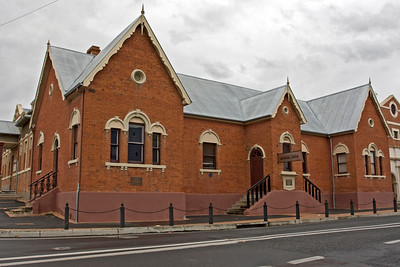 Sir Henry Parkes Memorial School of Arts