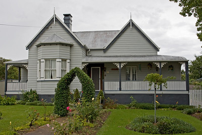 Old Tenterfield Home