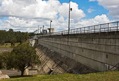 Leslie Dam, Warwick - on Sandy Creek Photographed February 2010 - © 2010 Lesley Bray Photography - All Rights Reserved.  Do not remove my signature from this image. Sharing only with credit please.