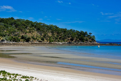Low tide at Fisherman's Beach on Great Keppel Island.  September 2008