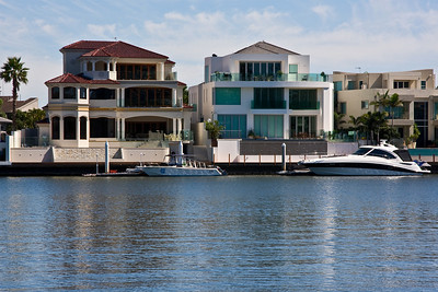 Houses on Macintosh Island