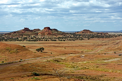 The spectacular  view of the Lilleyvale Hills from Cawnpore Lookout is the high point on the drive between Winton to Boulia.  24 May 2010