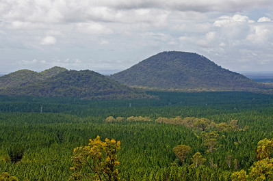 Closer view of Mt Beerburrum on the right - the Trachyte Range on the left  Taken from Glasshouse Mountains Lookout - February 2010