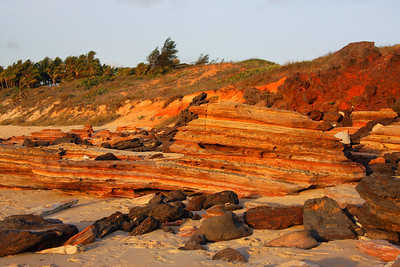 The colours became more spectalur as the hot sun lowers over the beach.