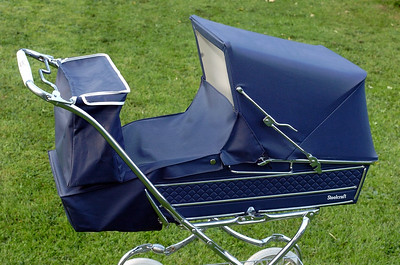 Vintage steelcraft windsor pram 02